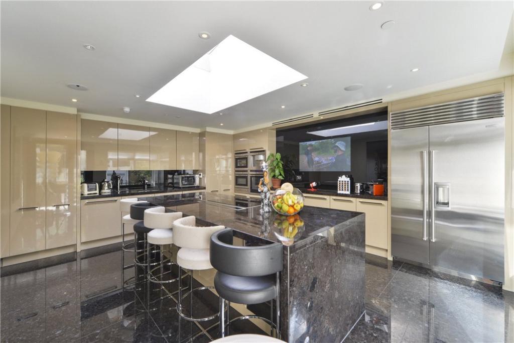 W8 - Kitchen
