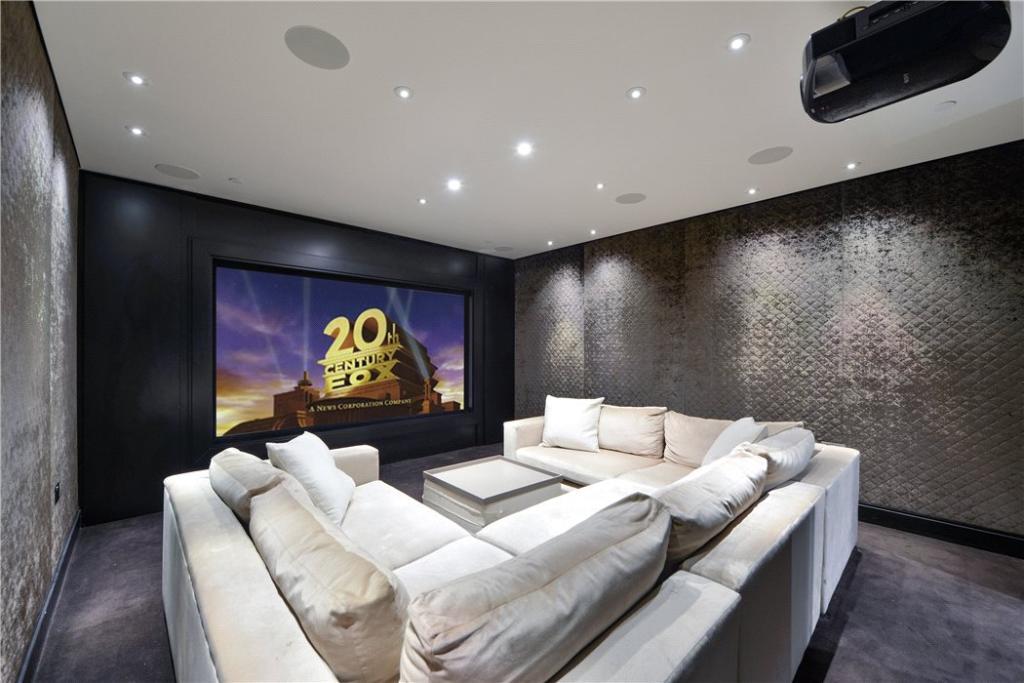 W8 - Cinema