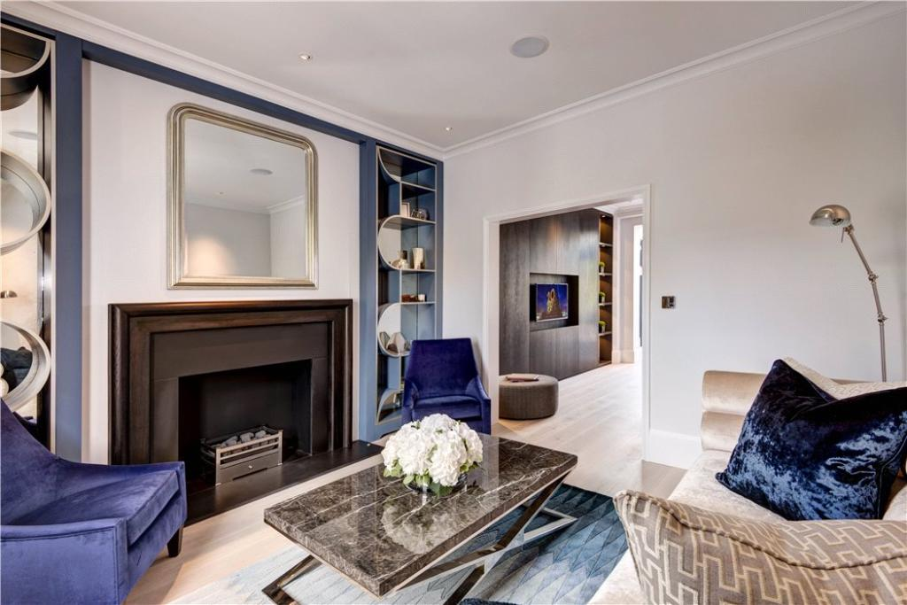 Living Room W8