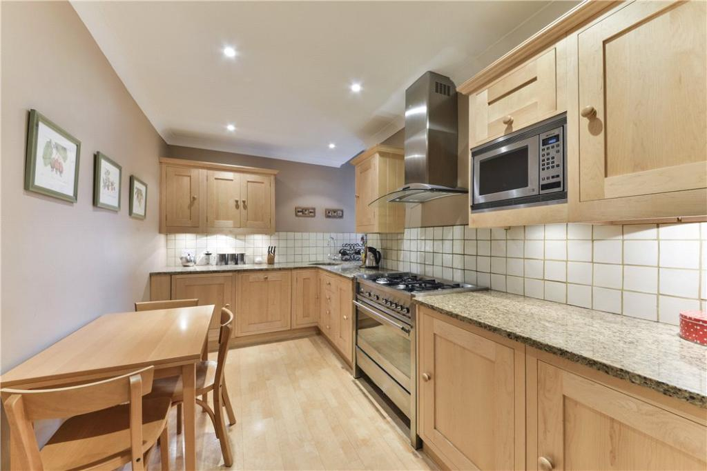 Kitchen W8