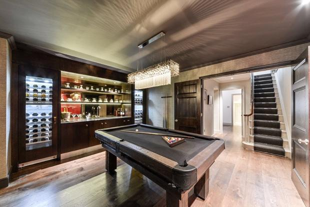 Mayfair: Games Room