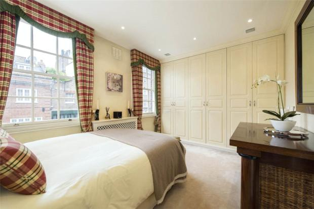 Mayfair: Bedroom