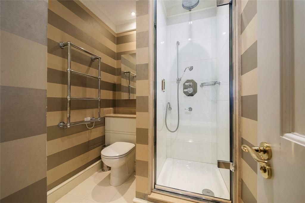 Mayfair: Shower Room