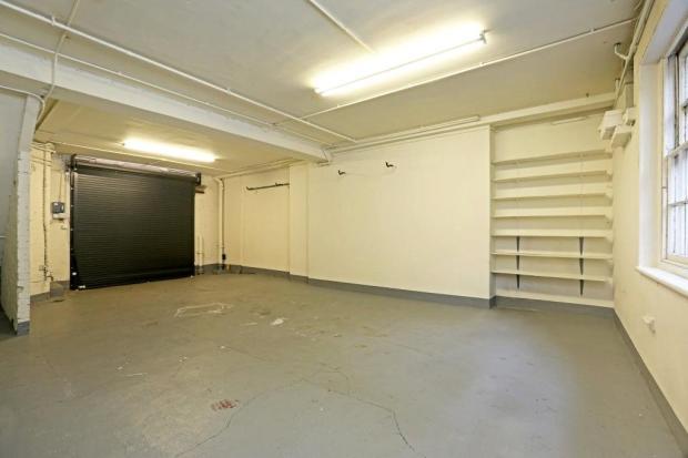 Mayfair: Garage