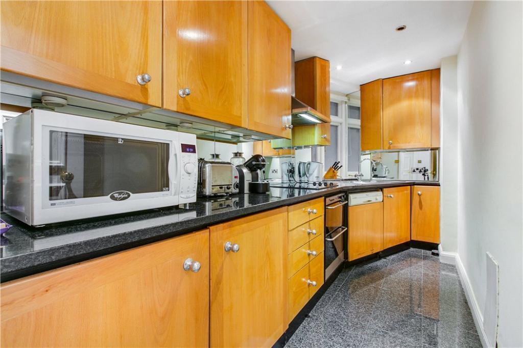 Mayfair: Kitchen