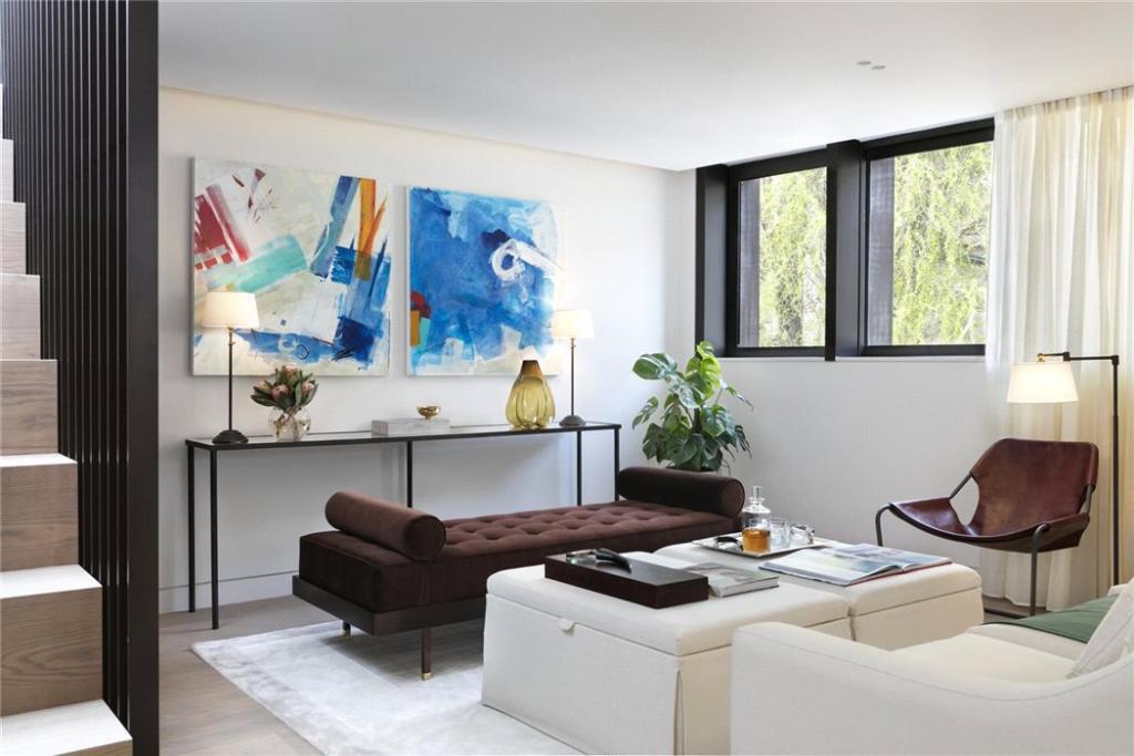 Drawing Room, W11