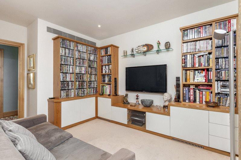 3 Bed Flat London