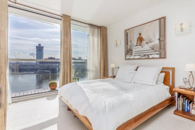 3 Bed With Balcony