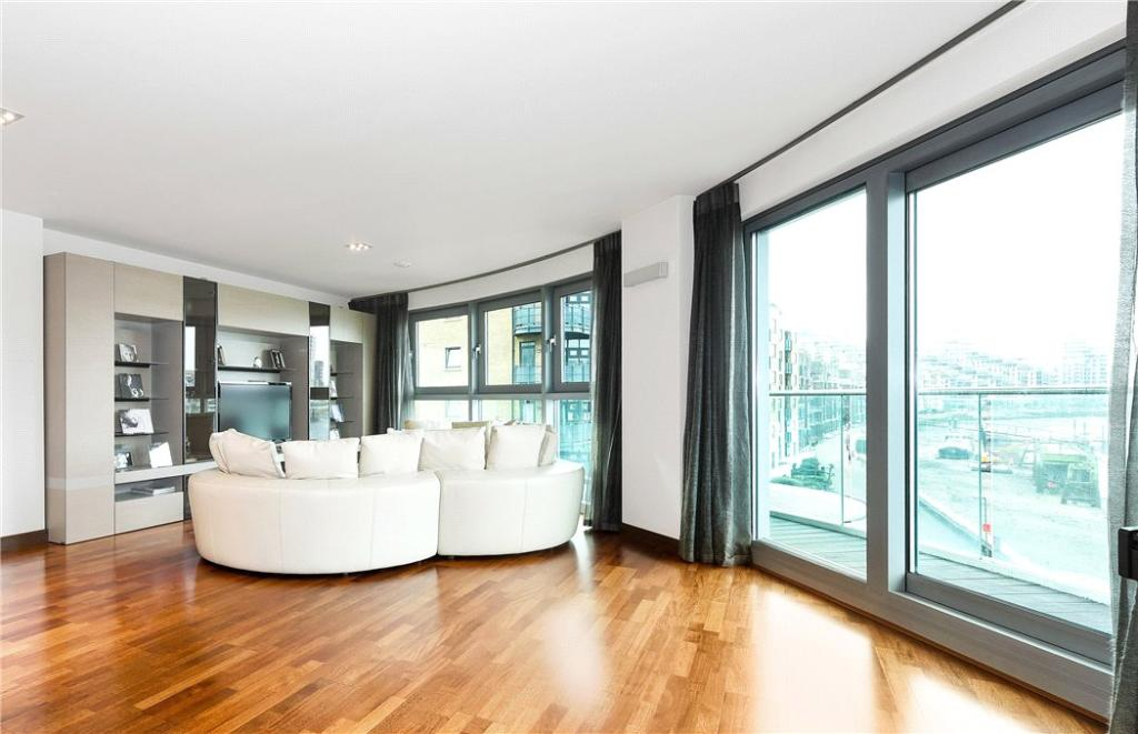 2 Bed Flat For Sale