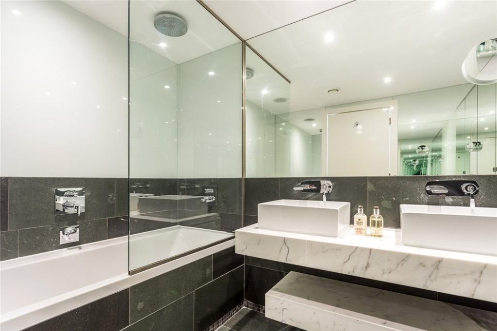 3 Bath Flat For Sale