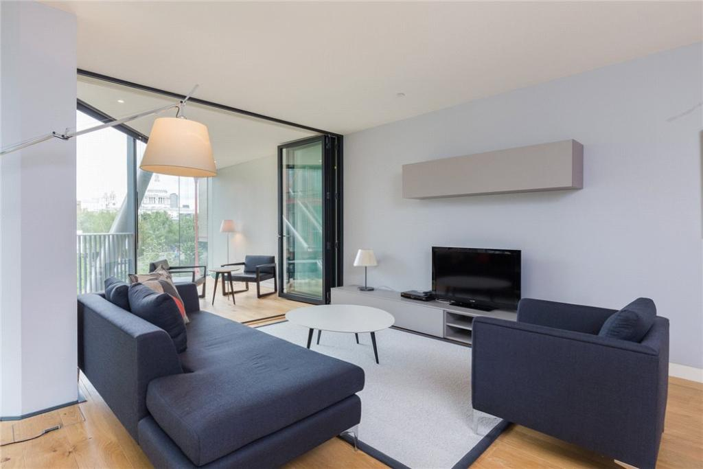 Neo Bankside,Family room