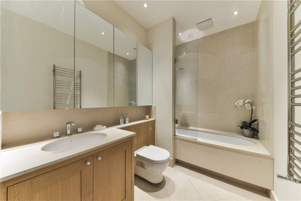 Bathroom Sw7