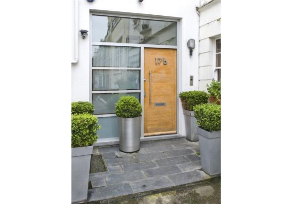 Front Door Sw1