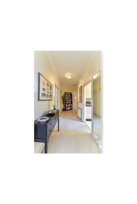 Hallway Sw7