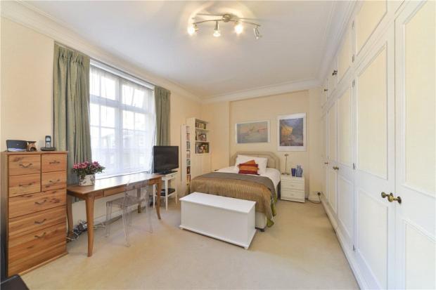 Guest Bedroom Sw7