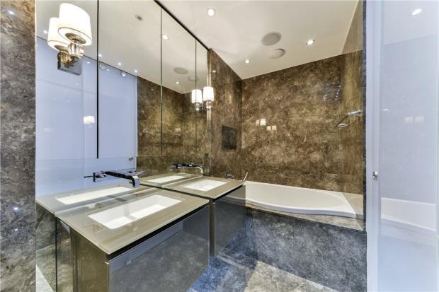 Master Bathroom Sw7