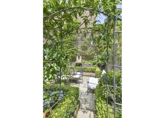 Garden Sw7