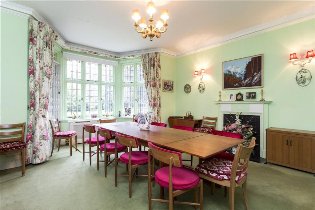Putney Dining Room