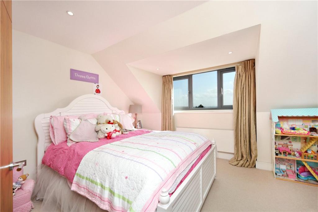 Sw19 Bedroom