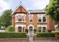 6 bedroom semi detached home in Thurleigh Road...