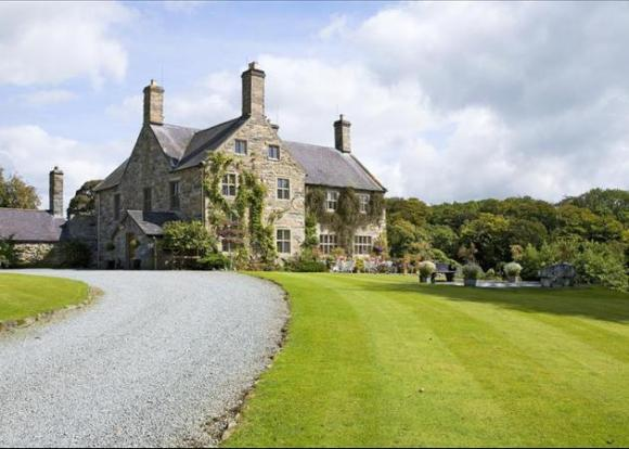 Talhenbont Hall