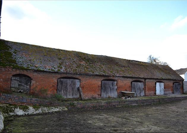 Single Storey Barn