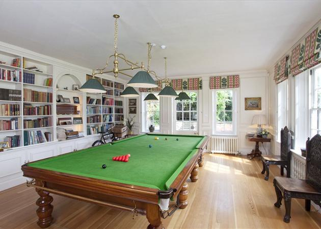 Music/Snooker Room