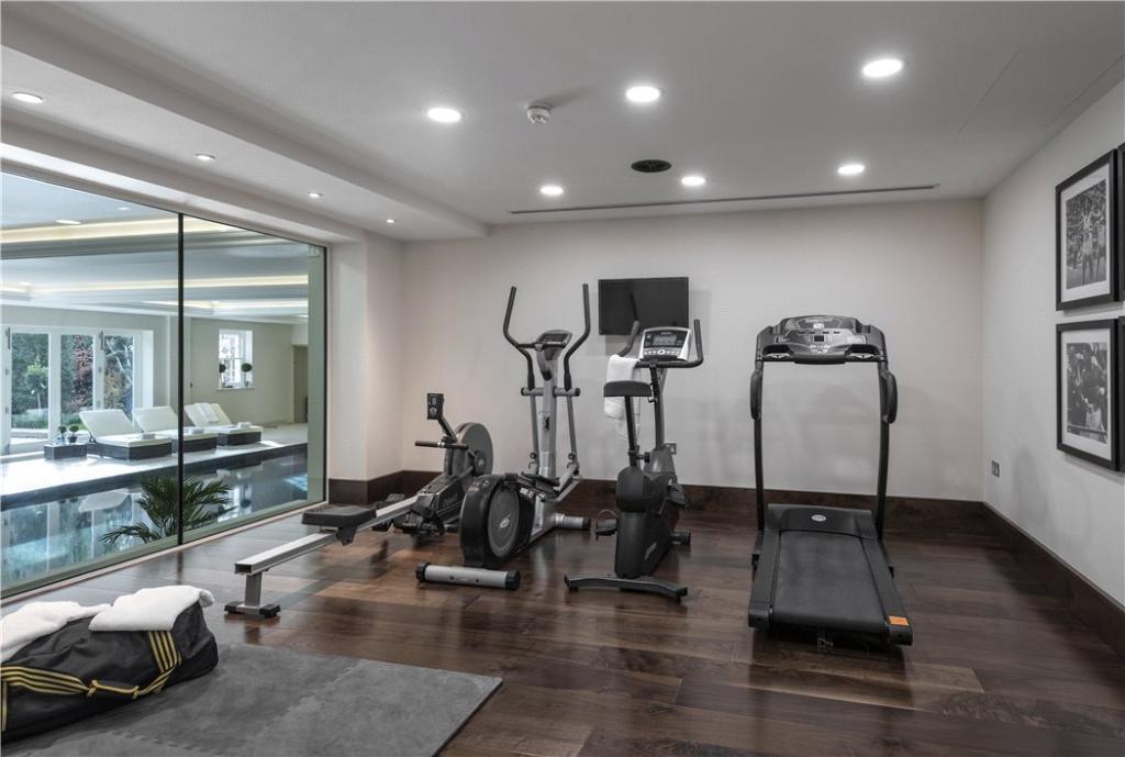 Windlesham: Gym