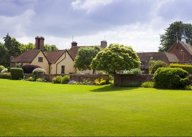 7 bedroom house for sale in willian letchworth garden city hertfordshire sg6 sg6 for Letchworth swimming pool prices