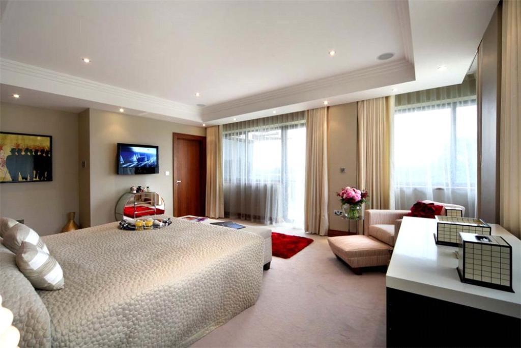 Sunningdale:Bedrooms