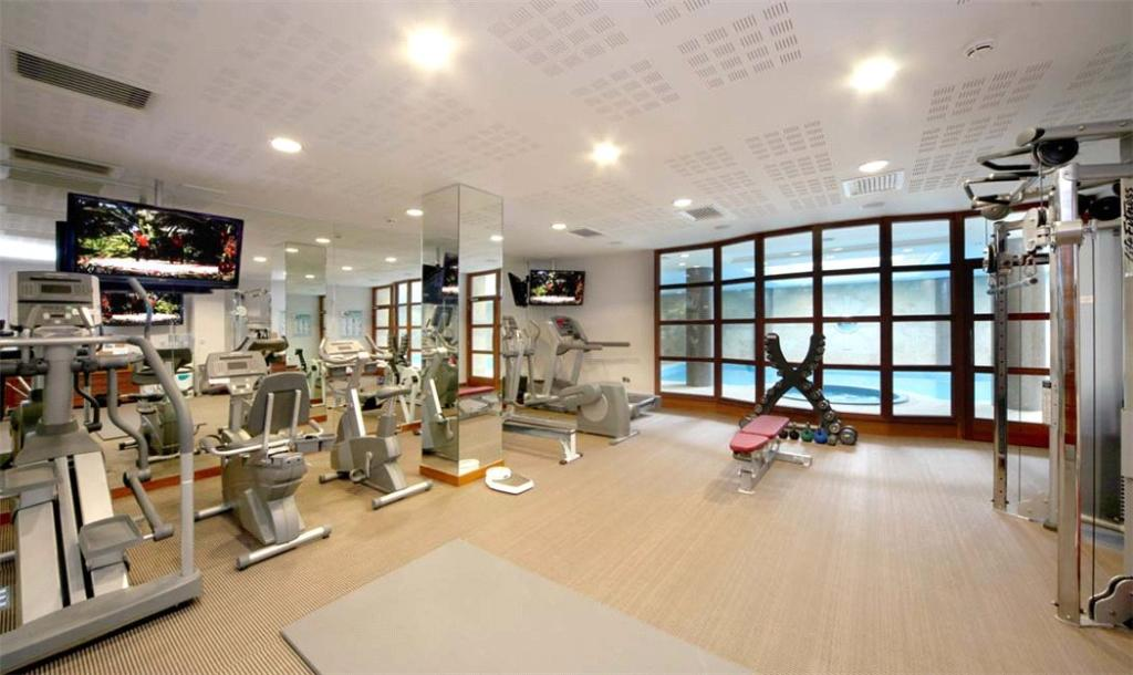 Sunningdale: Gym