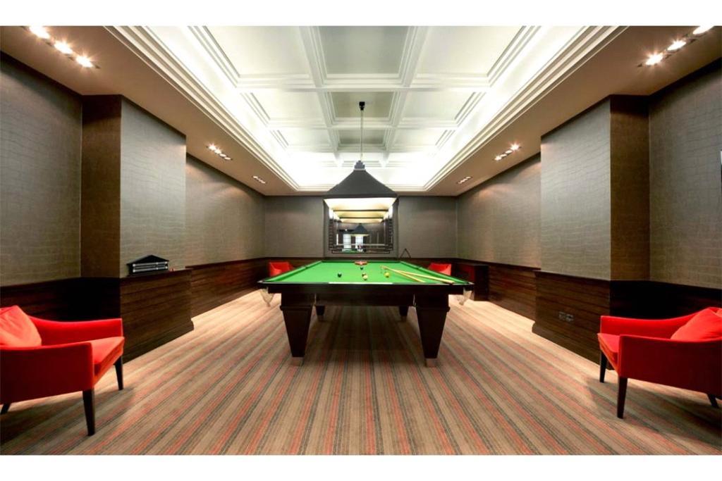 Sunningdale: Snooker