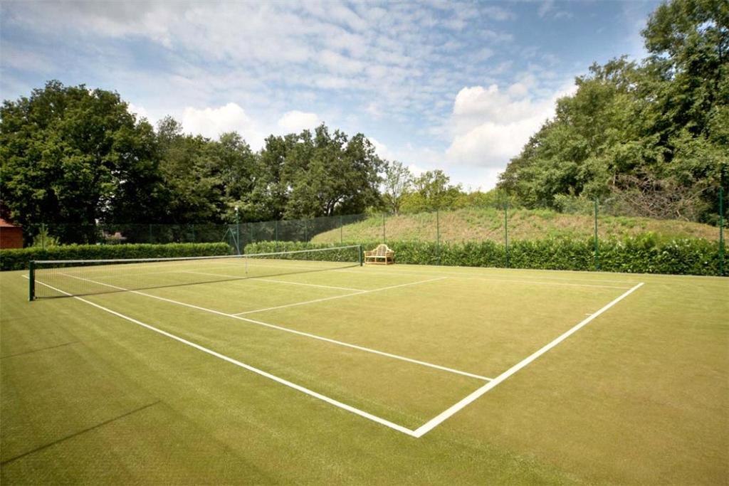Sunningdale: Tennis