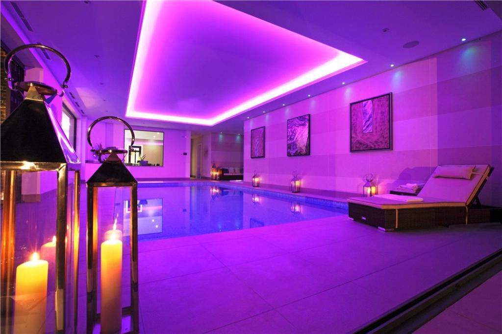 Oxshott Indoor Pool