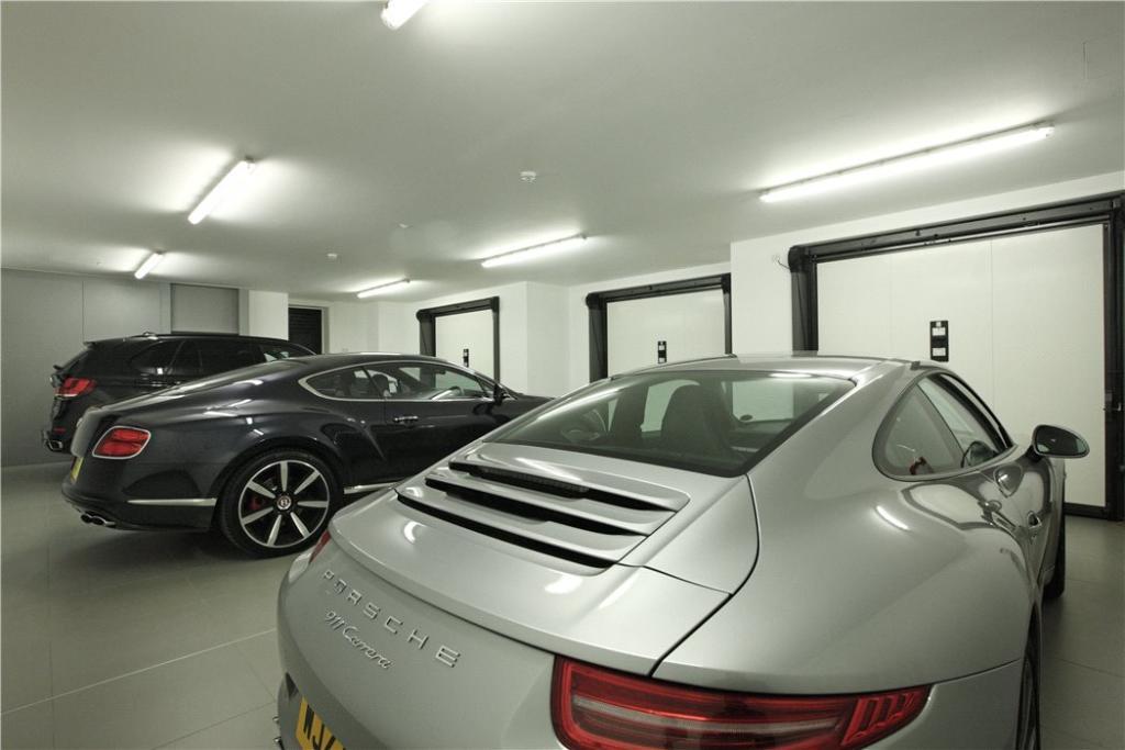 Oxshott Garage