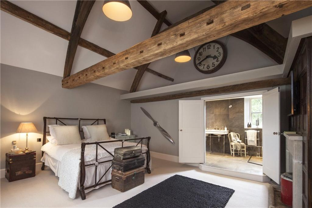 6 bedroom detached house for sale in whittington for Homes with master bedroom on first floor for sale