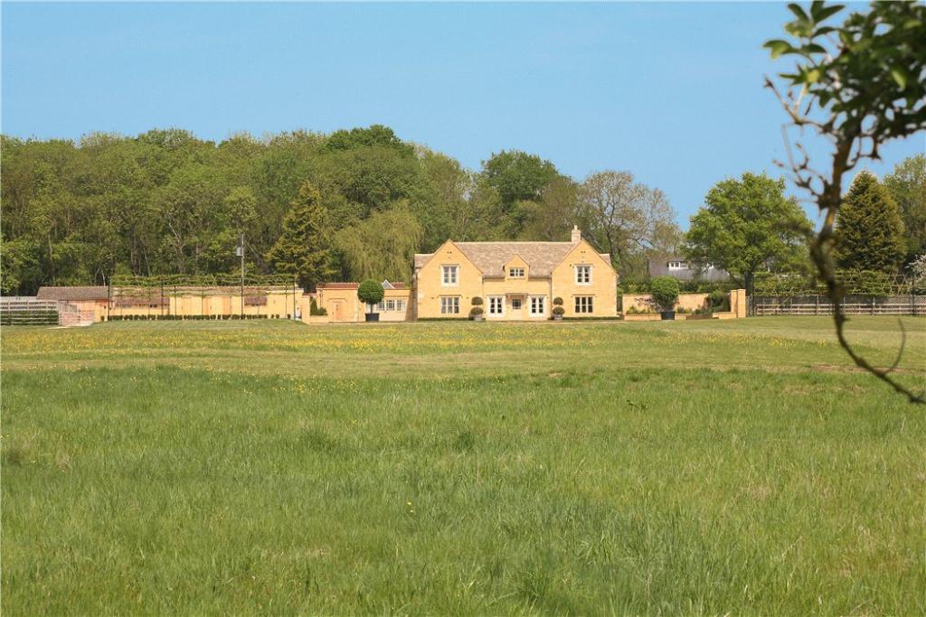 4 Bedroom Detached House For Sale In Evenlode Moreton In Marsh Gloucestershire Gl56 Gl56