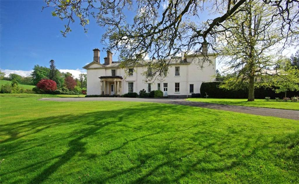 8 bedroom farm house for sale in ffrwdgrech brecon powys for 8 bedroom house for sale