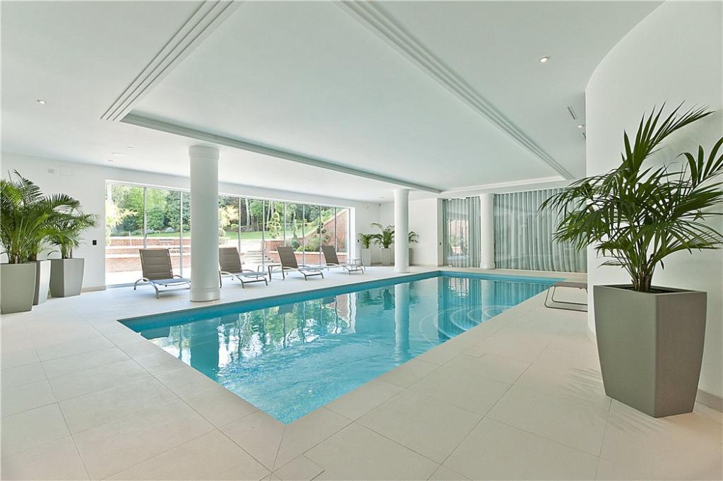 6 Bedroom Detached House For Sale In Old Avenue St George 39 S Hill Weybridge Surrey Kt13 Kt13