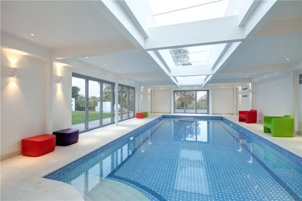 Cobham Swimming Pool