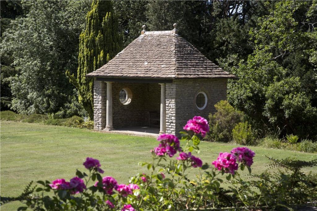 Conkwell Garden