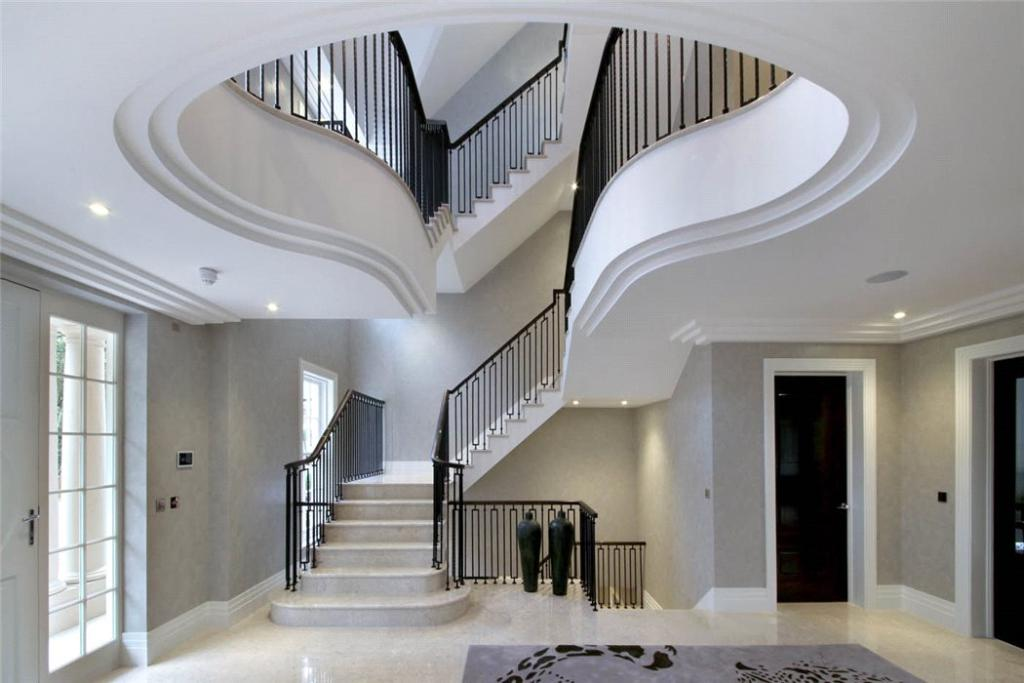 Triple Storey Hall