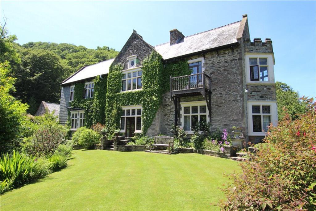 Lee Manor House