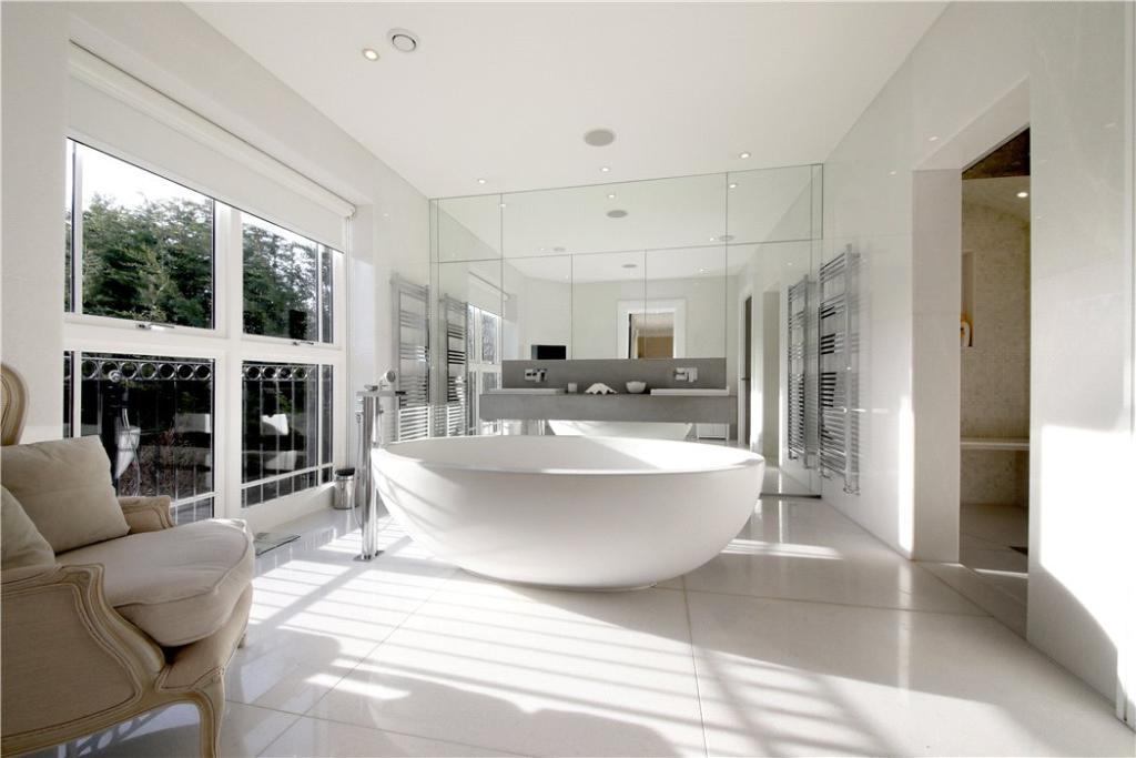 Royalton,Bathroom