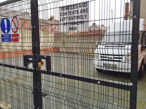 Secure Parking Entra