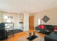 2 bedroom Flat to rent in Wharfside Point South...