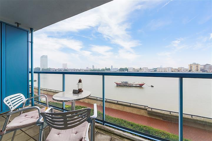 2 bedroom flat to rent in arnhem wharf arnhem place nr 2 bedroom flat in canary wharf to buy