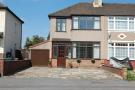 4 bedroom End of Terrace property to rent in Crow Lane, Rush Green...