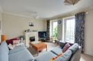 Apartment to rent in Kings Lodge, Ruislip...