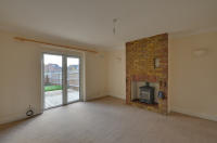 3 bed house to rent in Priory Avenue, Harefield...